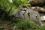 Sklopina stone houses